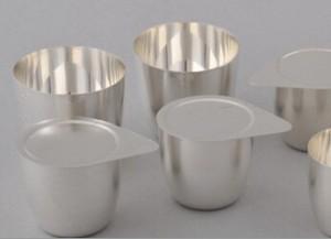 Platinum crucibles